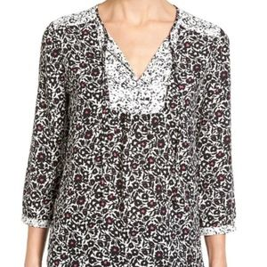 NYDJ women M Patchwork Mosaic print split neck